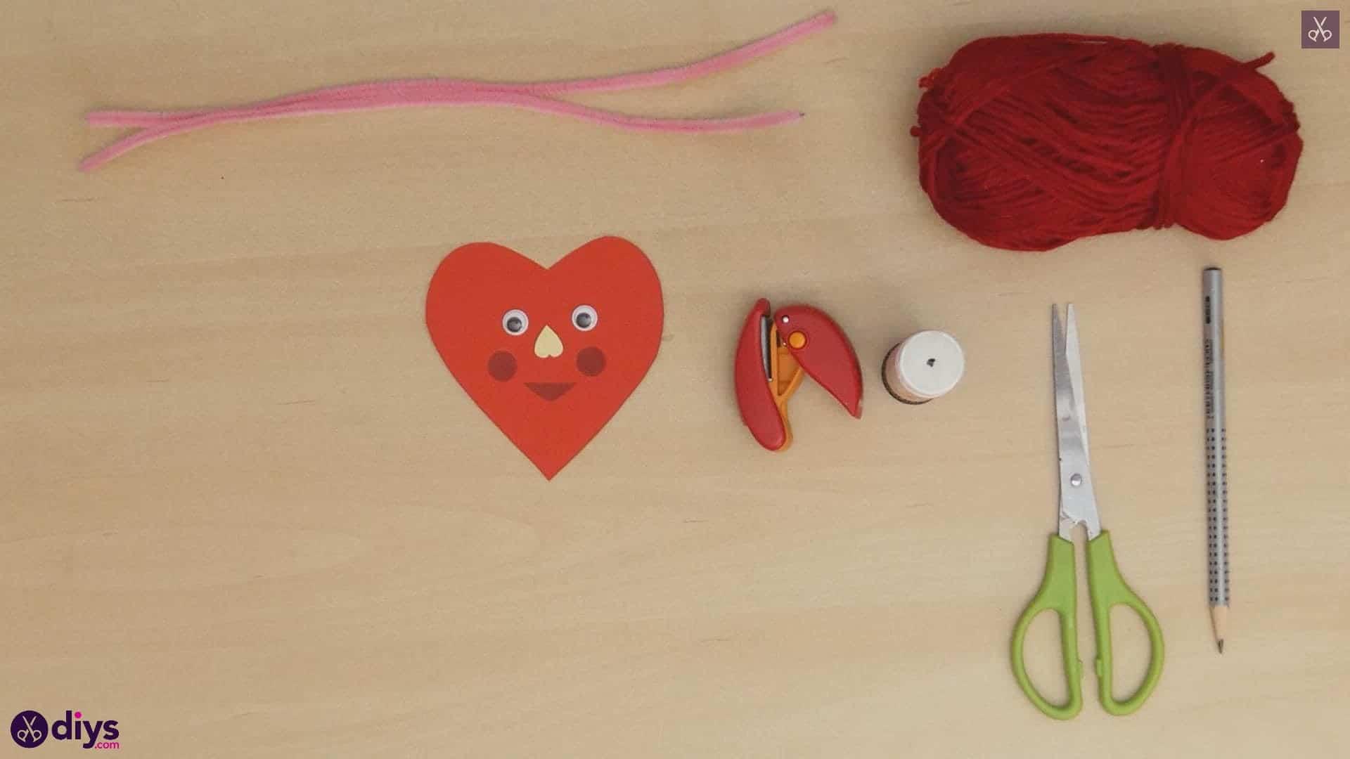 Paper valentine creature step 6b