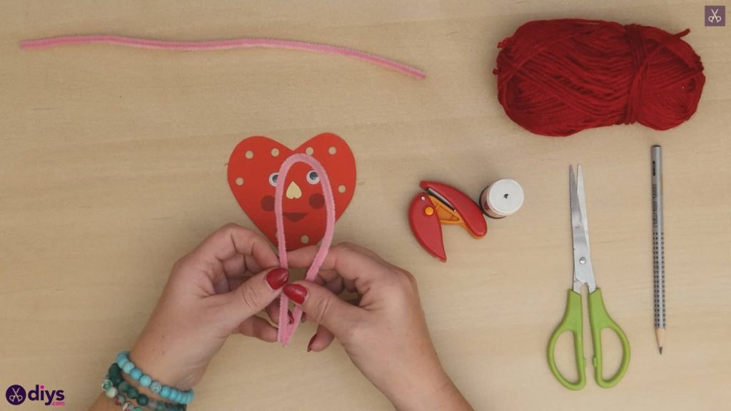Paper valentine creature step 8