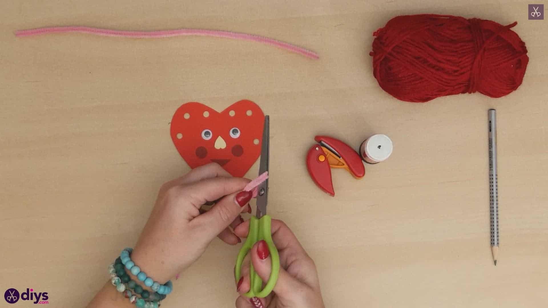 Paper valentine creature step 8a