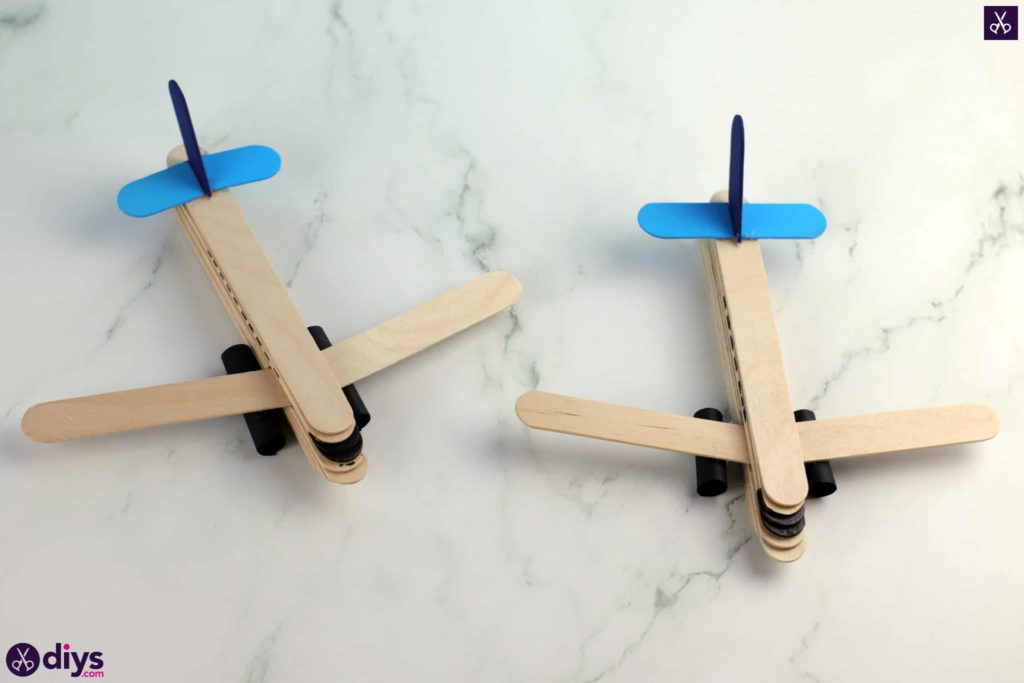 Popsicle stick airplane diy for kid