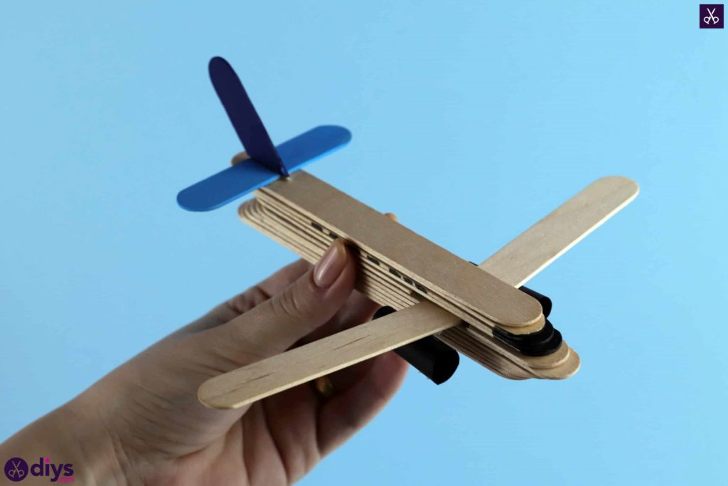 Popsicle stick airplane diys