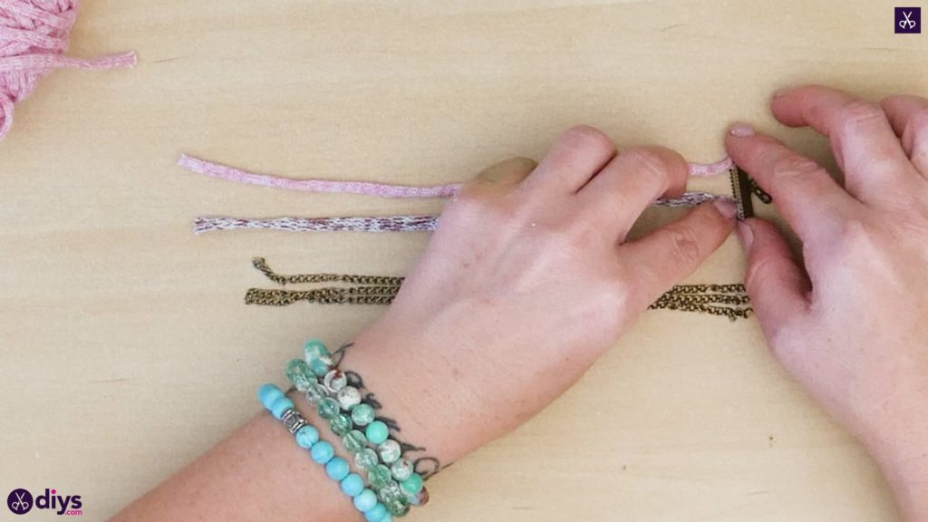 Yarn and chain bracelet step 2a