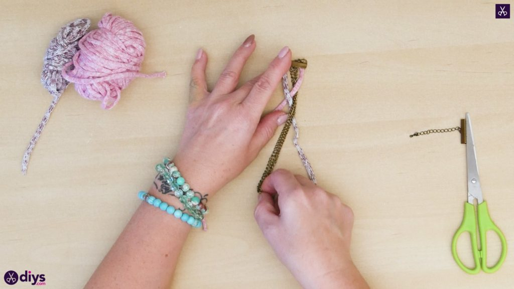 Yarn and chain bracelet step 3b