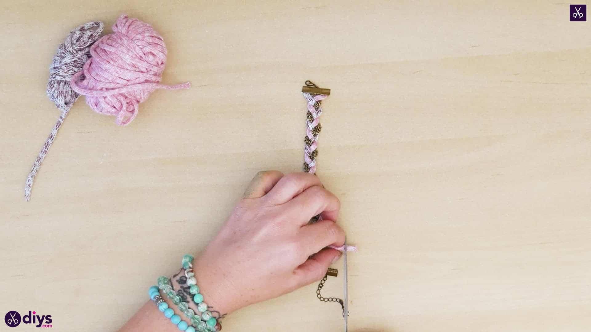 Yarn and chain bracelet step 4