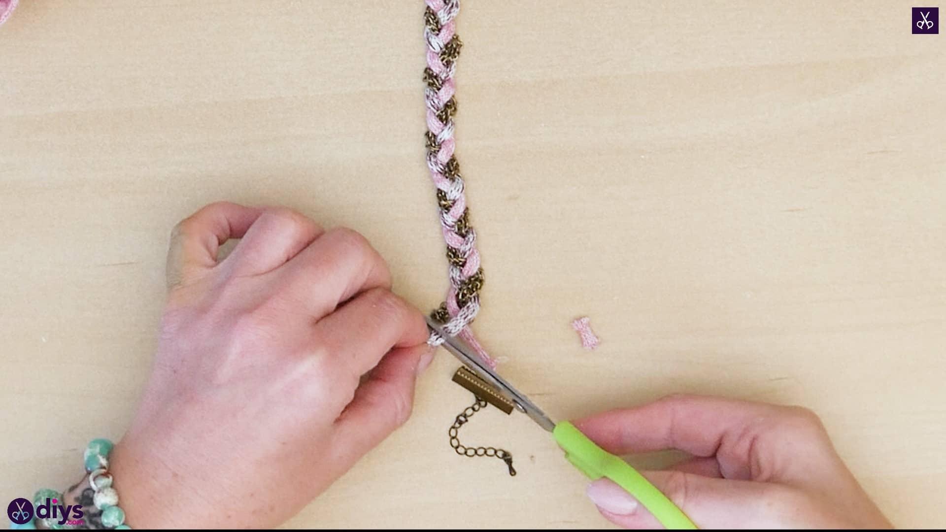 Yarn and chain bracelet step 4a
