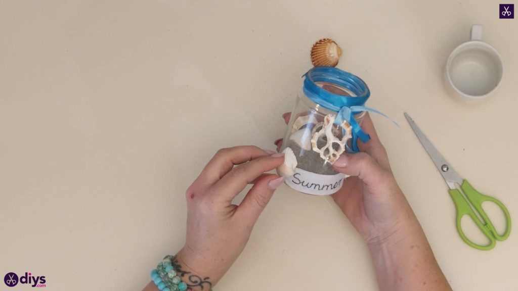 Diy beach inspired mason jar decor step 6b