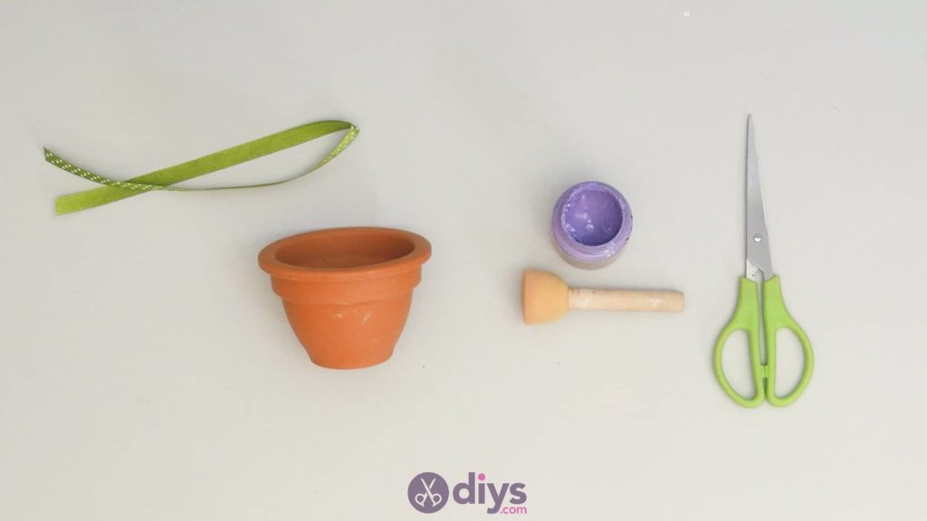 Diy colourful flower pot step 2