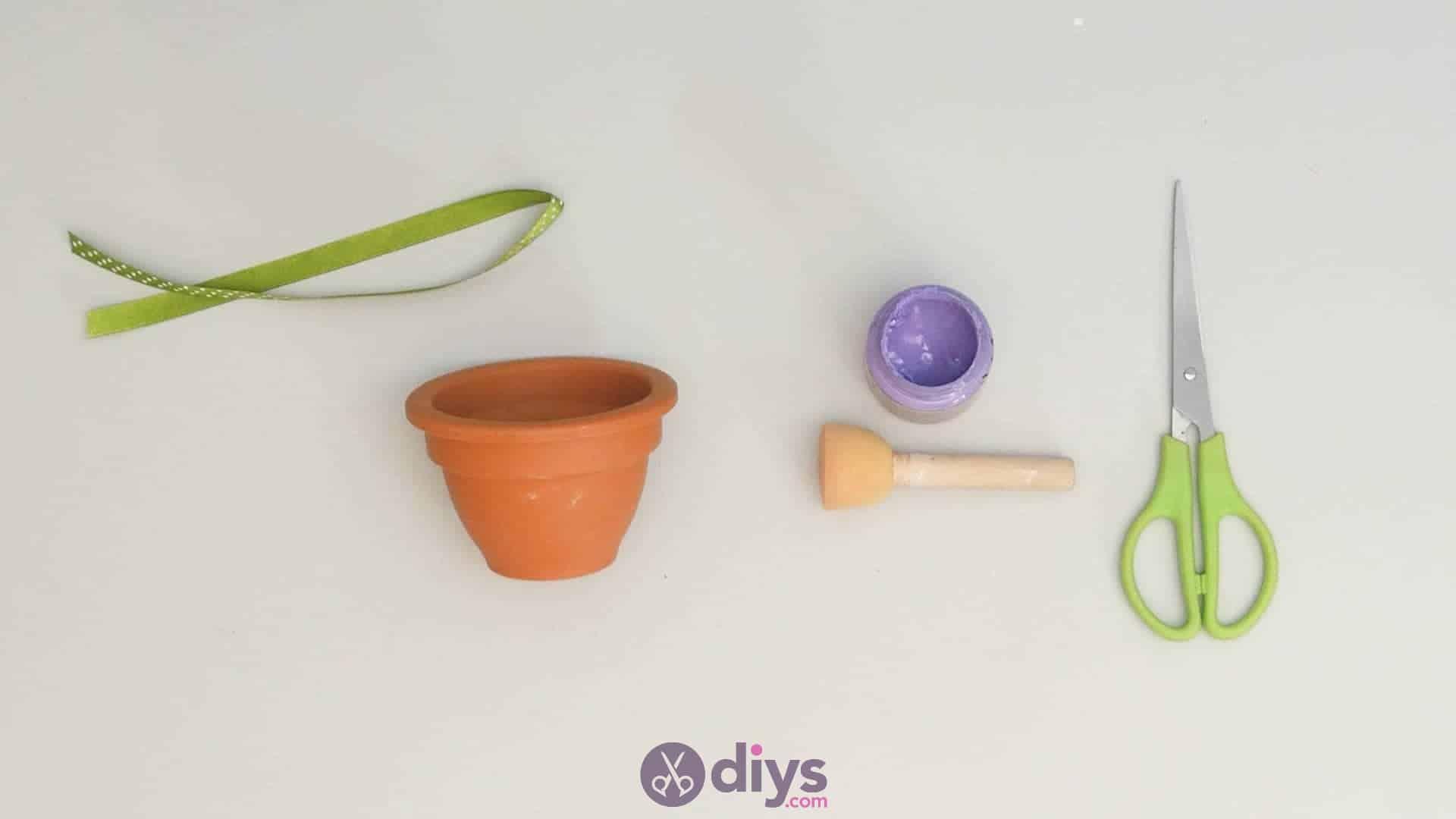 Diy colourful flower pot step 2