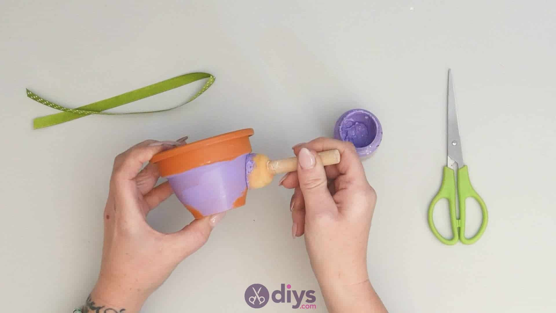Diy colourful flower pot step 2a