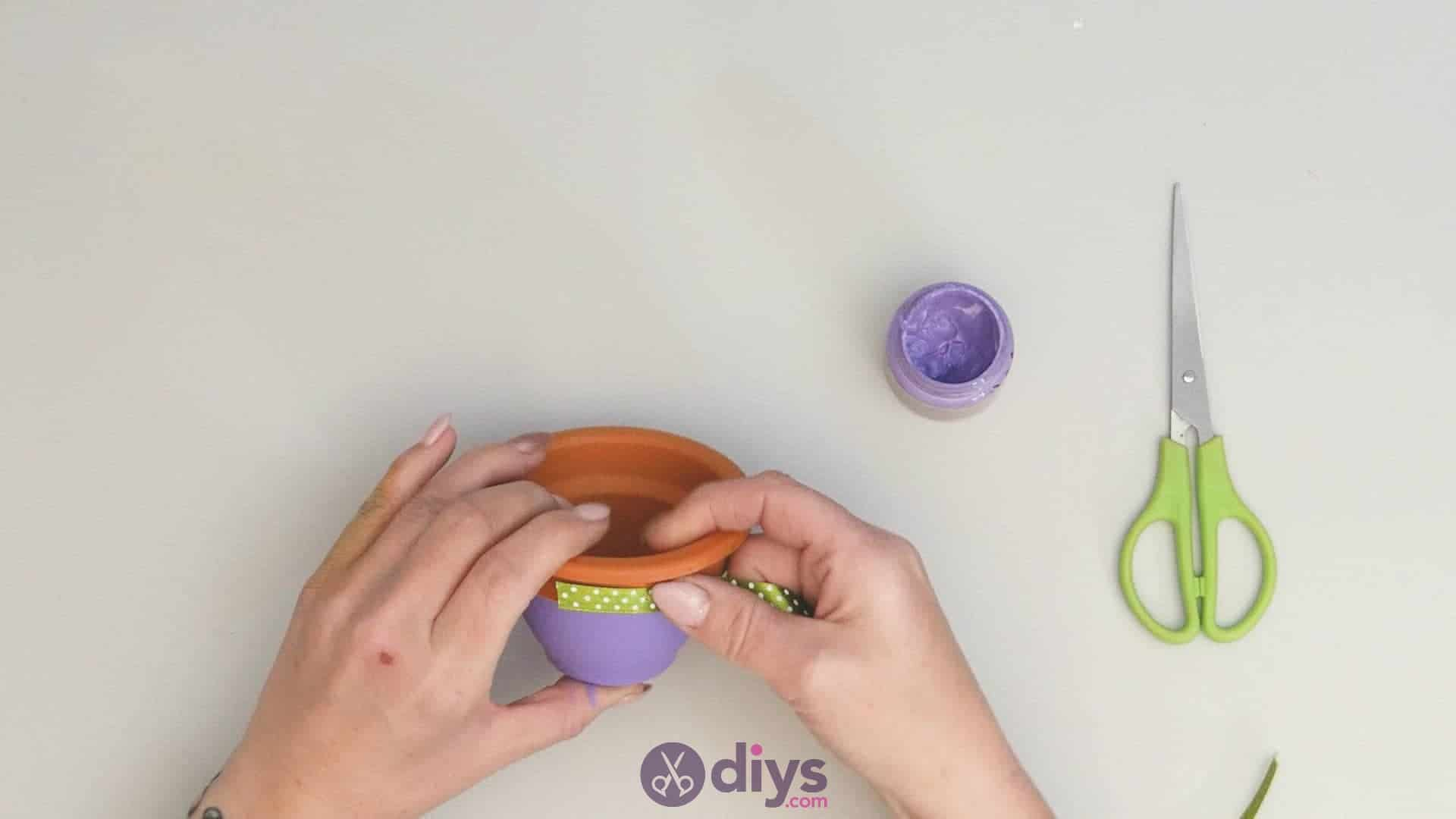 Diy colourful flower pot step 3a