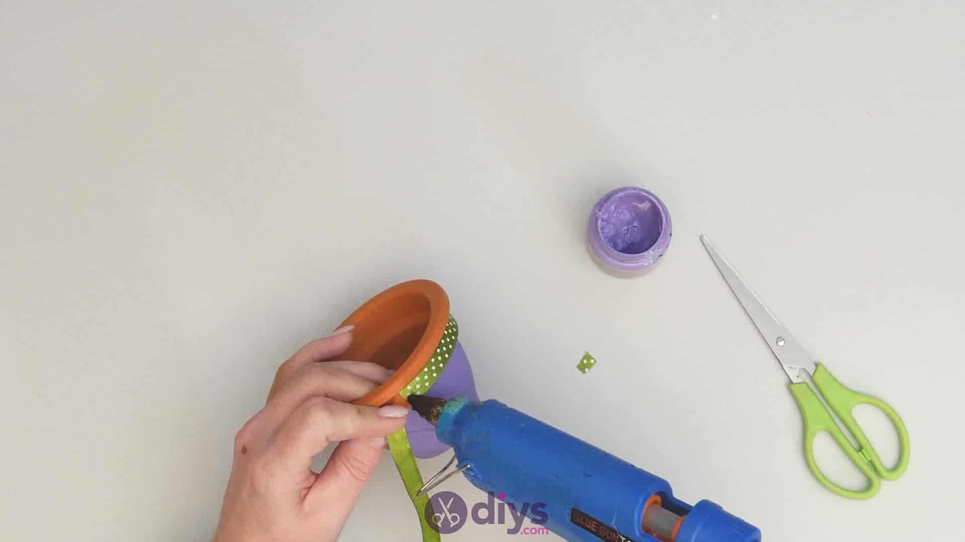 Diy colourful flower pot step 3c