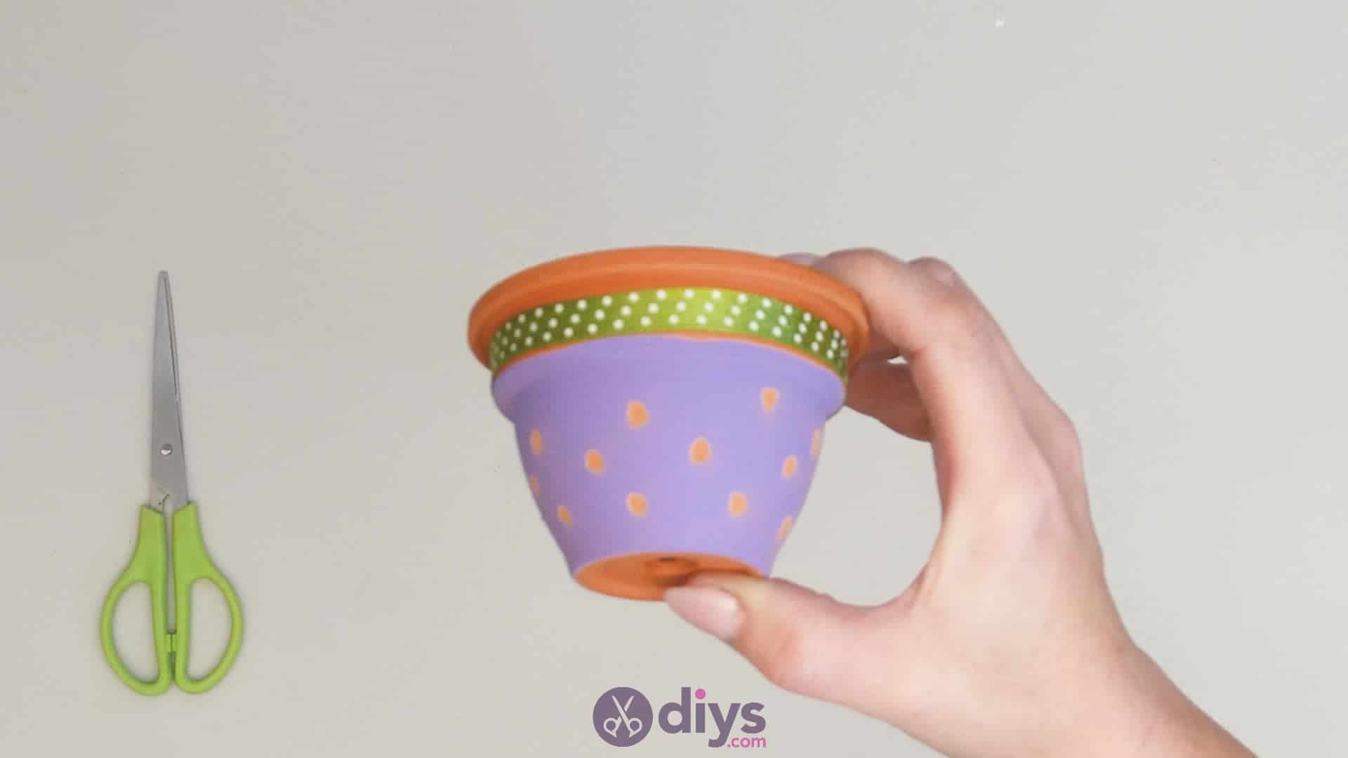 Diy colourful flower pot step 3j
