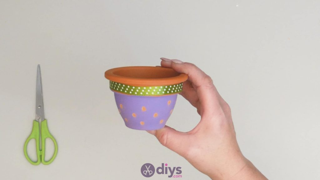 Diy colourful flower pot step 3k