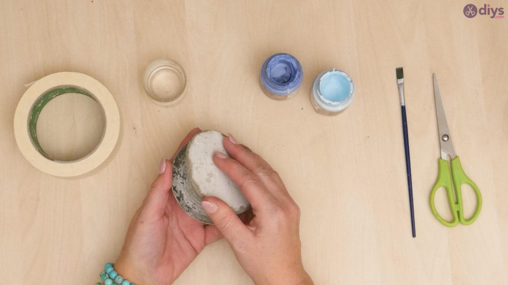 Diy concrete cup holder step 4