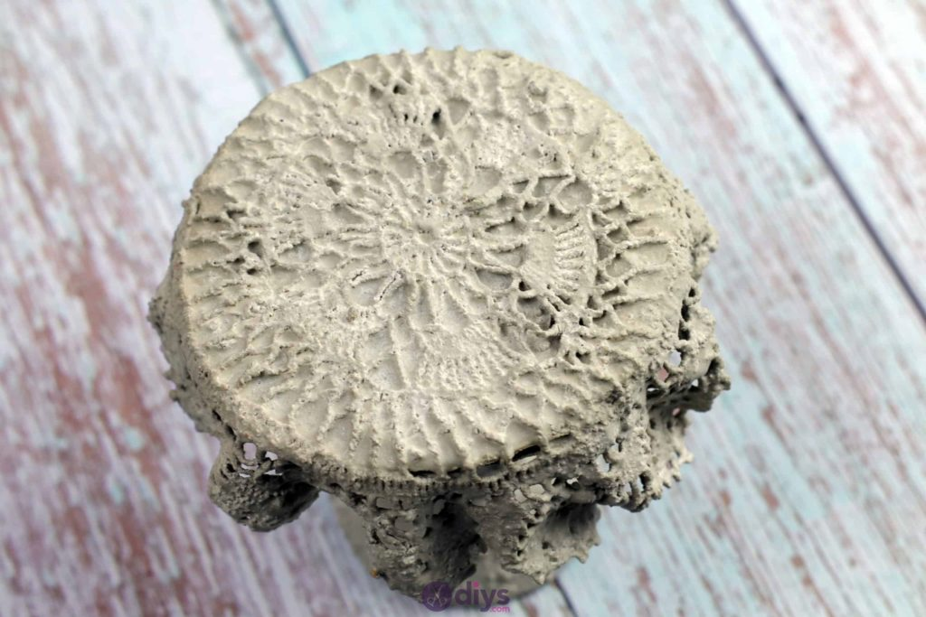 Diy concrete doily stand craft