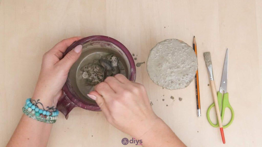 Diy concrete doily stand step 6a