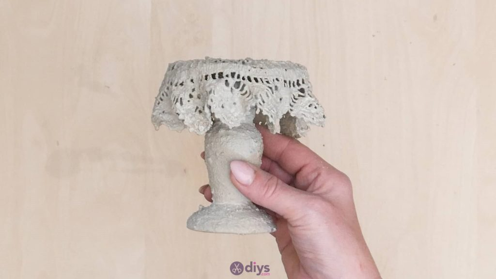 DIY Concrete Doily Stand