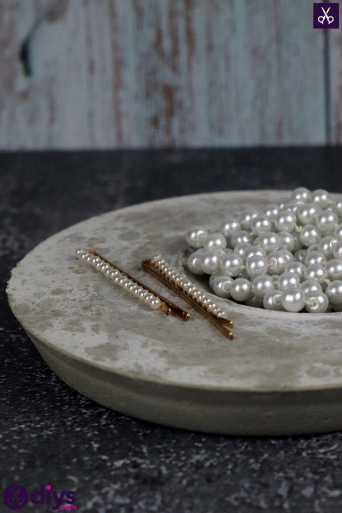 DIY Concrete Jewelry Holder Dish