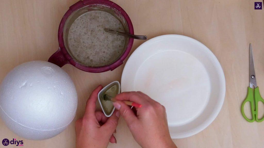 Diy concrete jewelry holder dish step 3a