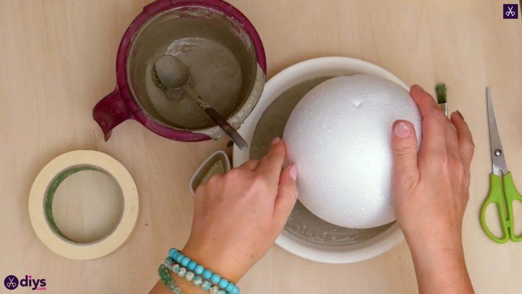 Diy concrete jewelry holder dish step 6