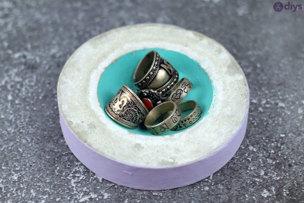 Diy concrete tiny bowl project