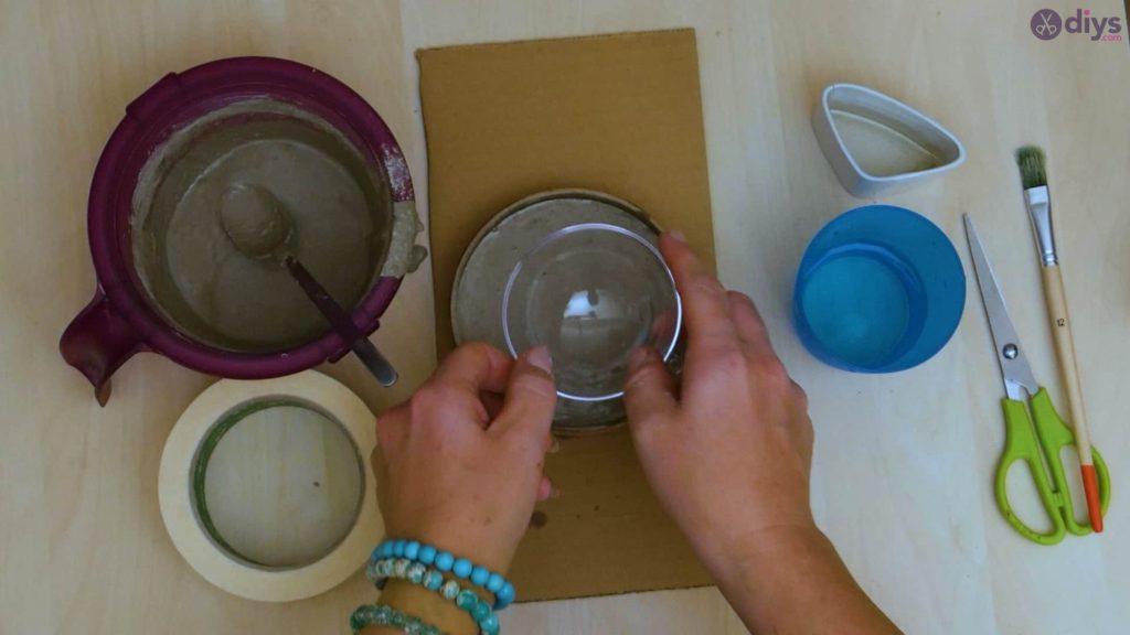 Diy concrete tiny bowl step 7