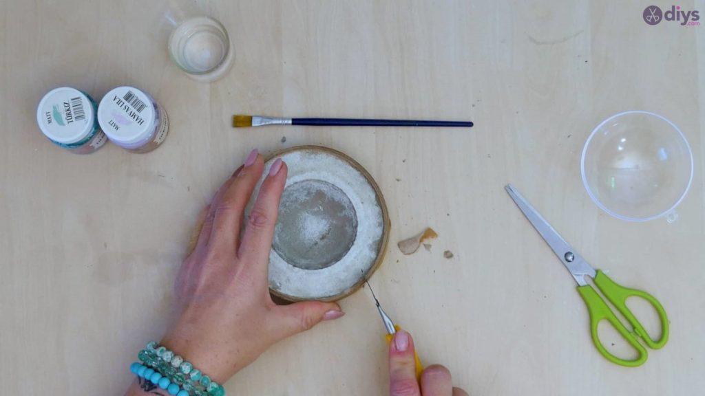 Diy concrete tiny bowl step 8e