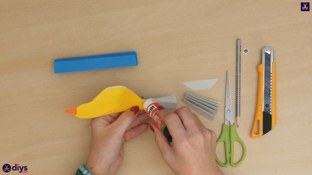 Diy easy paper bird step 11b