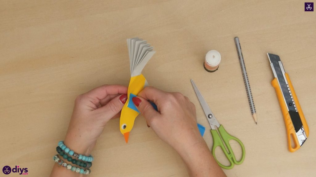 Diy easy paper bird step 12b