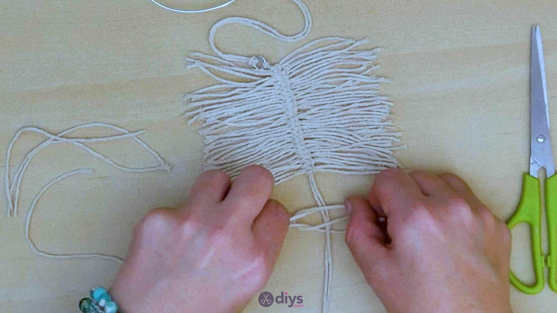 Diy hanging jute leaf step 7a