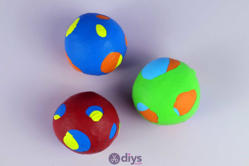 Diy juggling balls craft