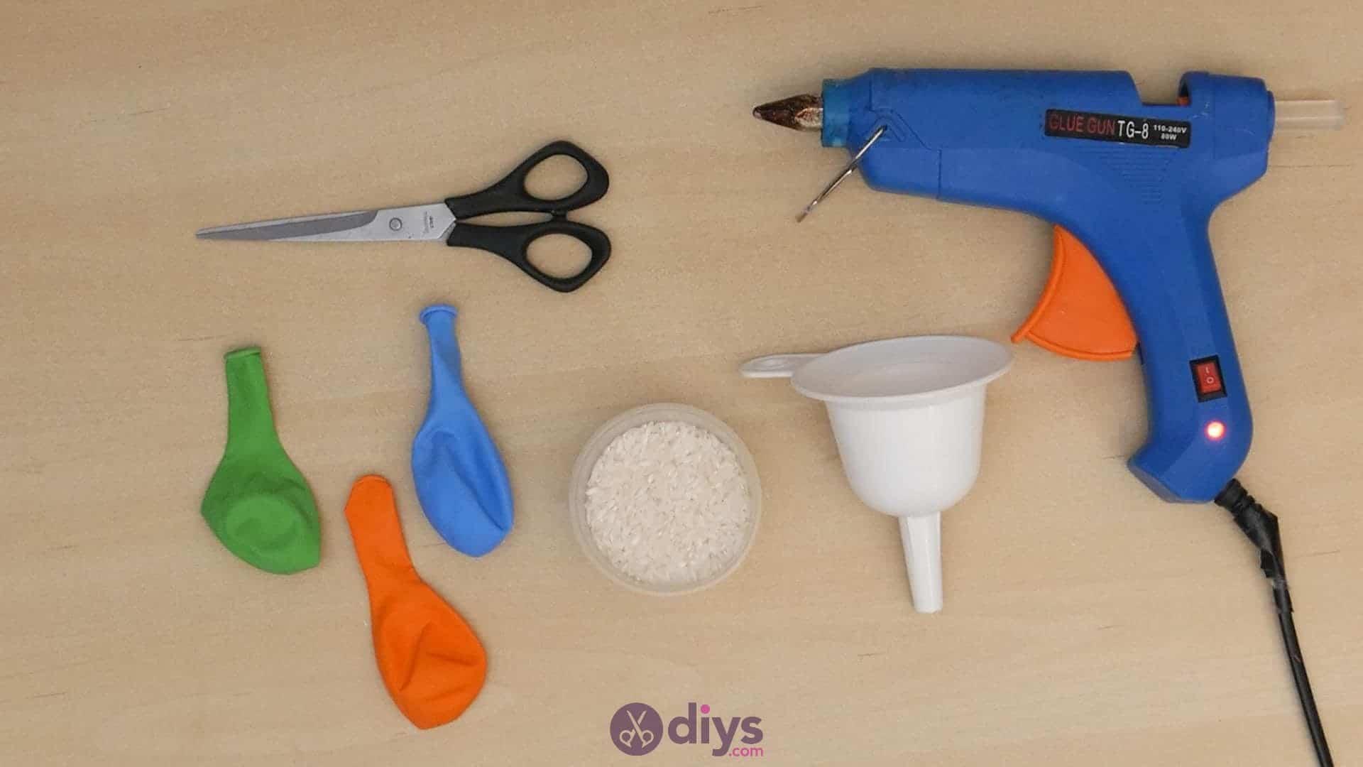 Diy juggling balls materials