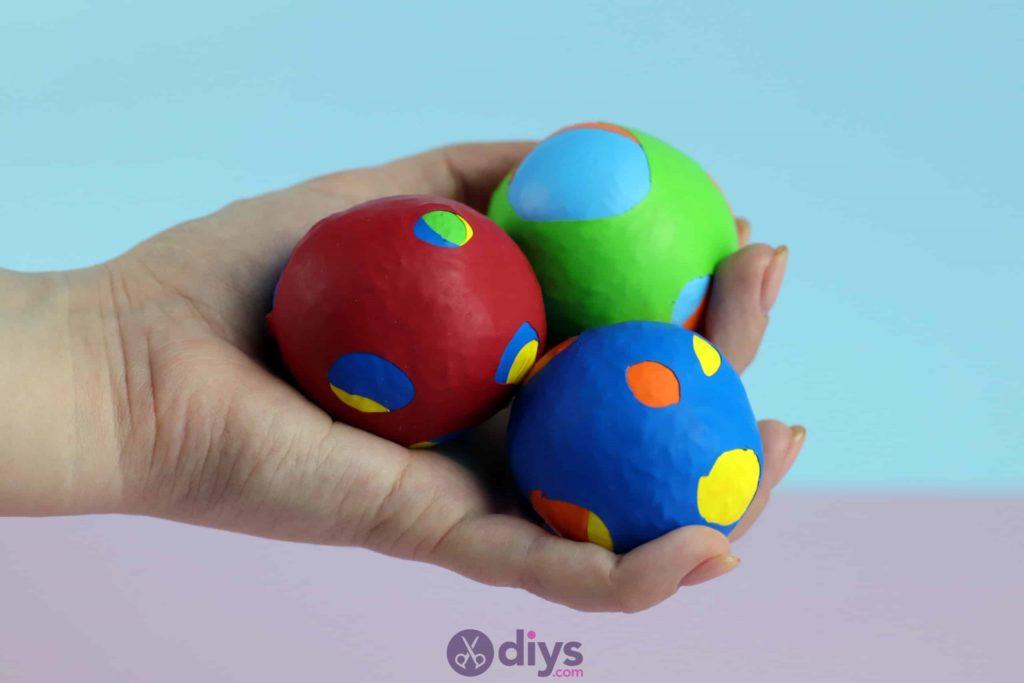 Diy juggling balls project