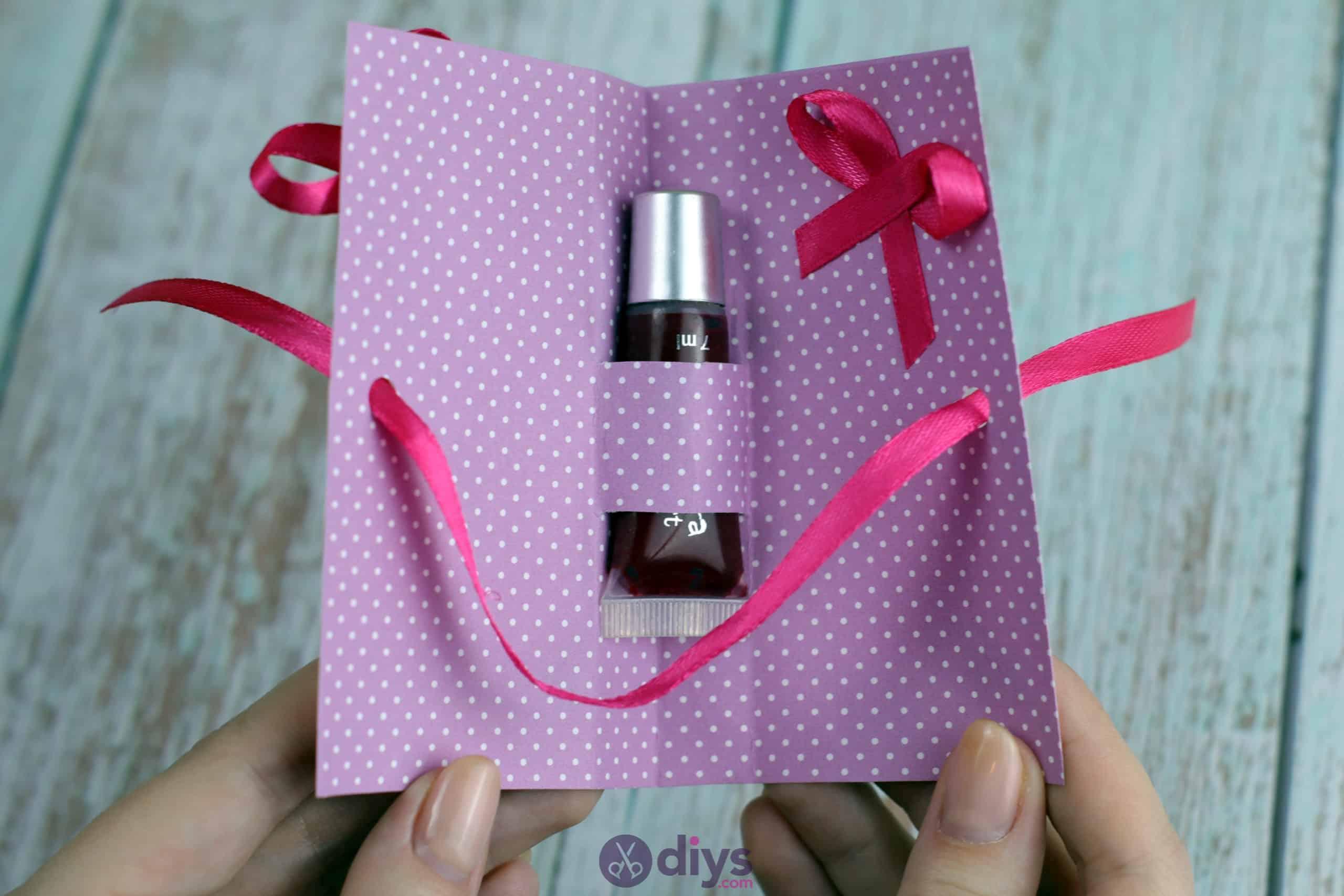 Diy lipstick gift card ribbon