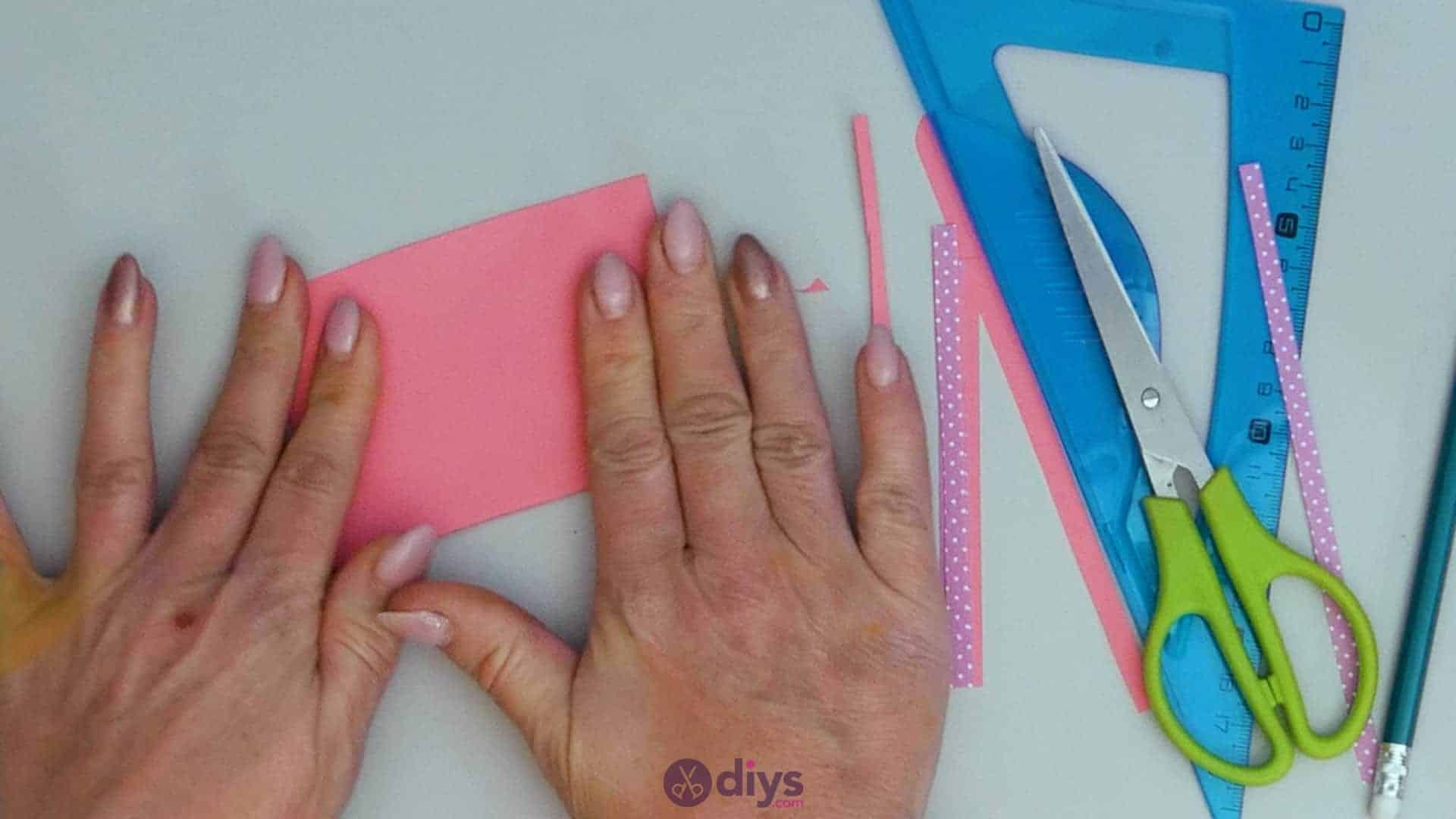 Diy lipstick gift card step 4