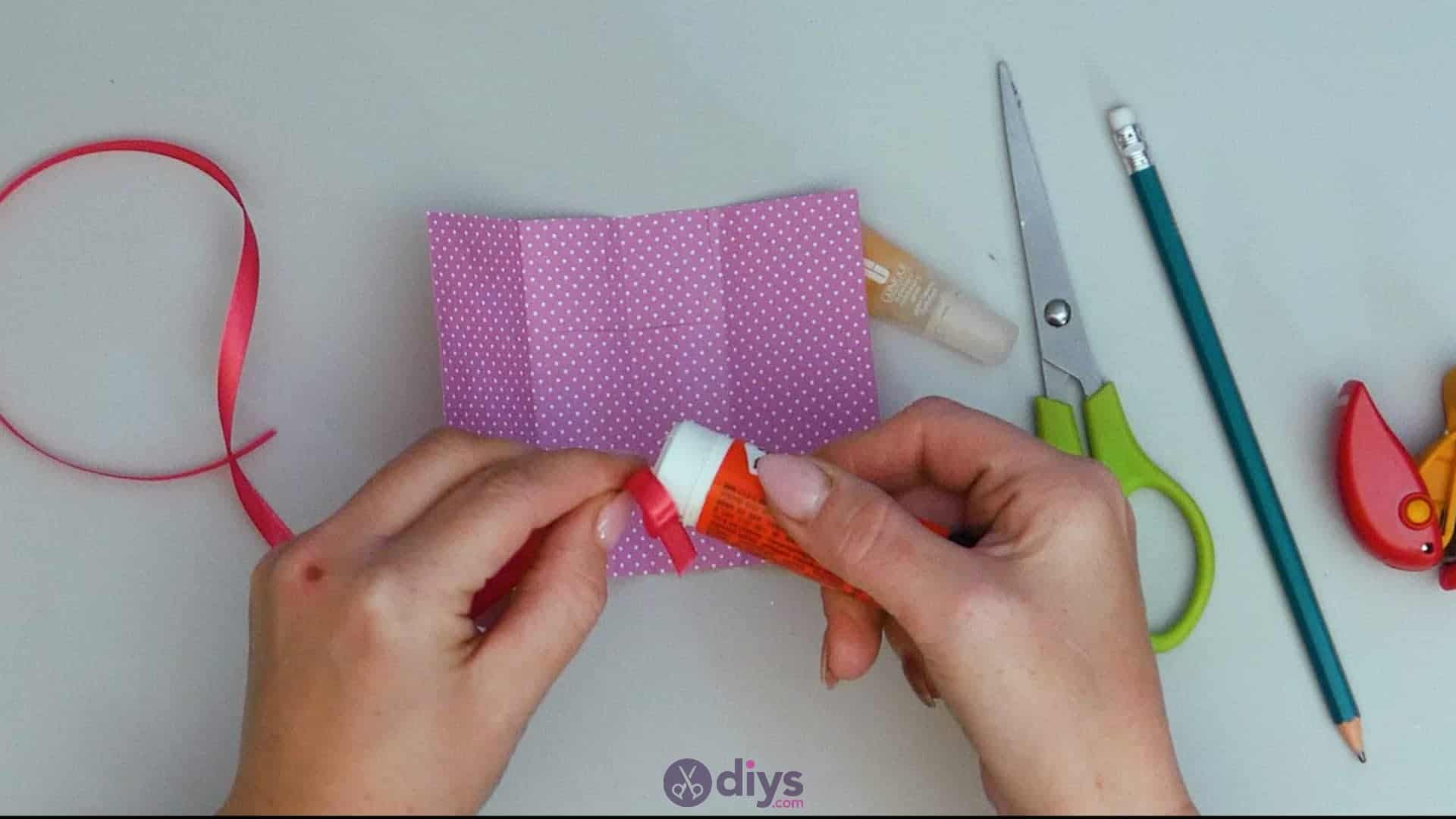 Diy lipstick gift card step 8a