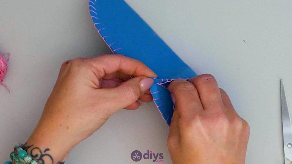 Diy simple felt glasses case step 9d