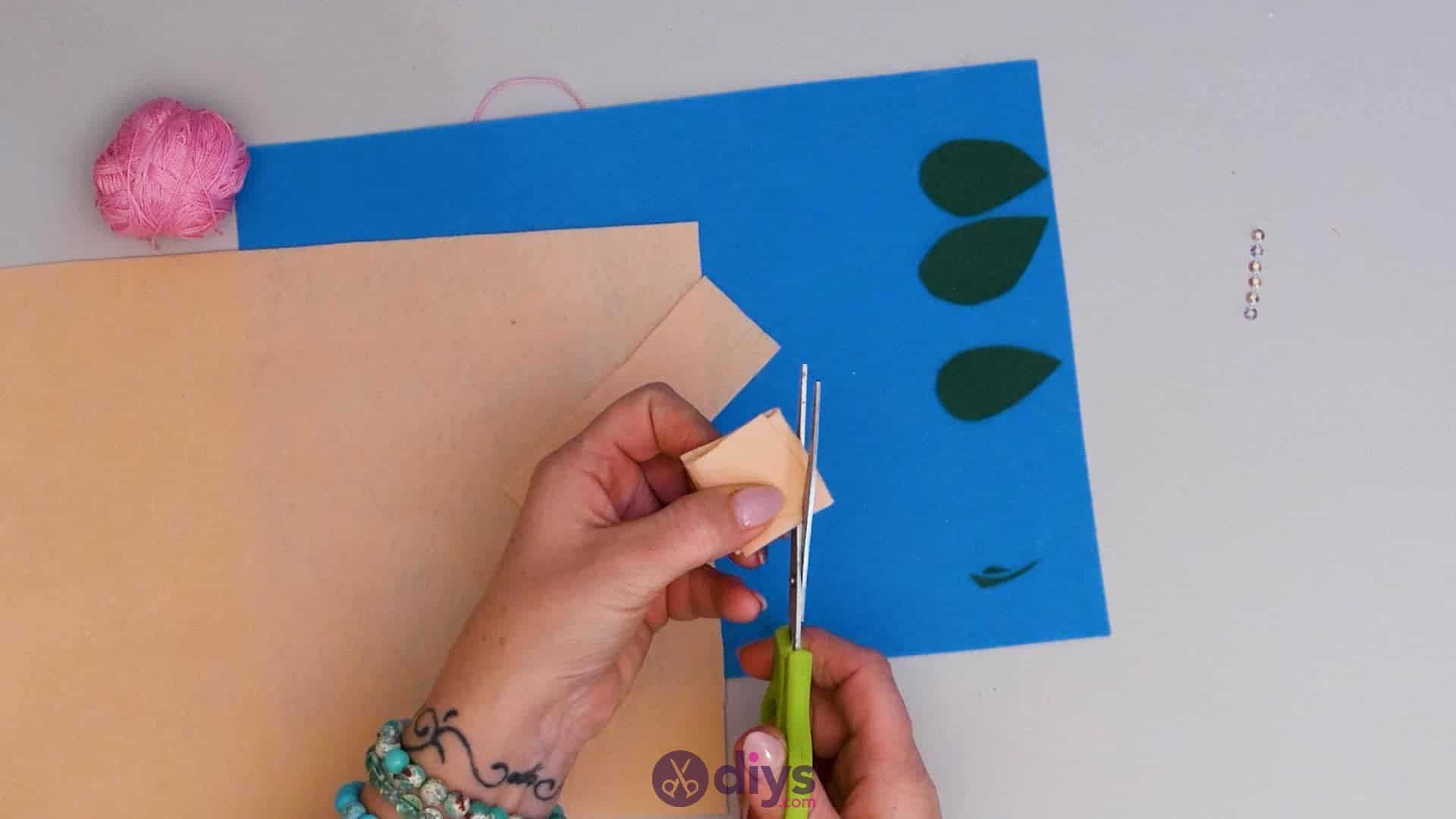 Diy simple felt glasses case step4c