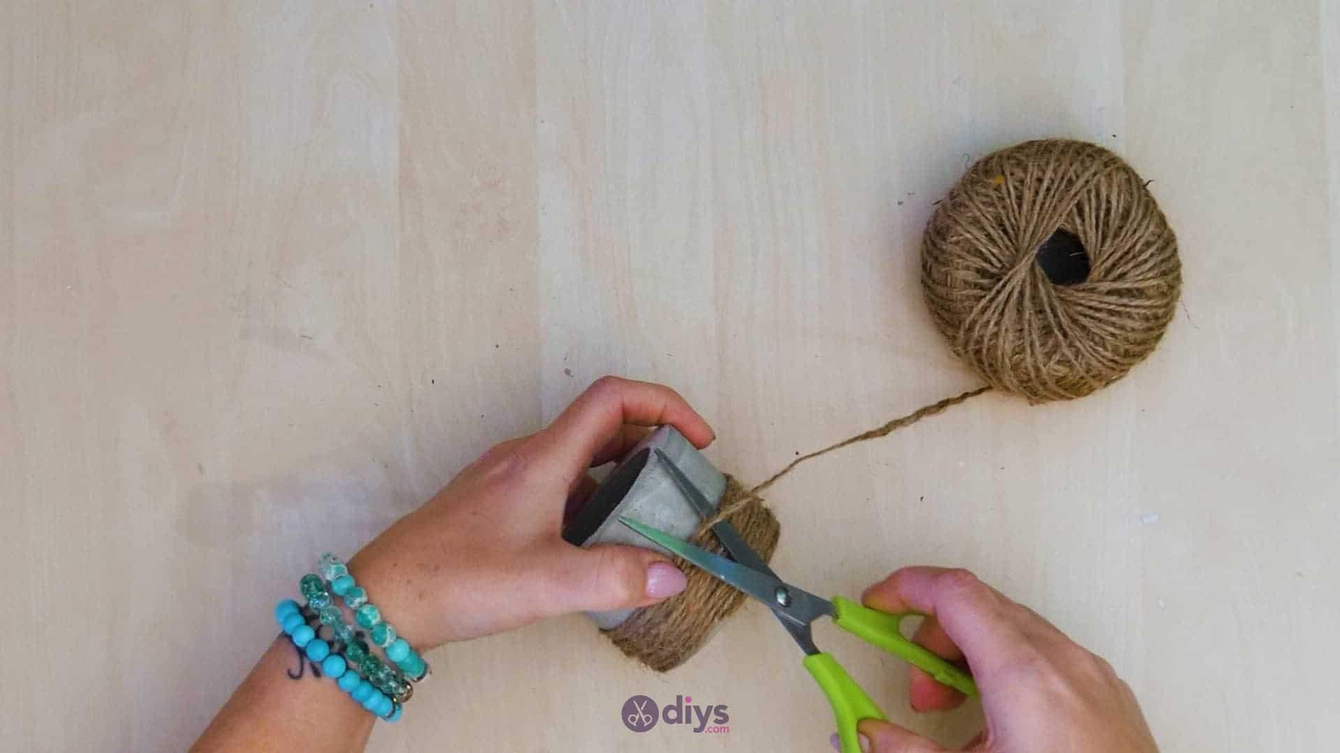 Diy small concrete planter step 7b