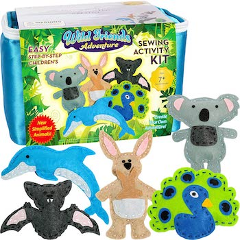Four seasons crafting wild friends adventure kids' sewing kit