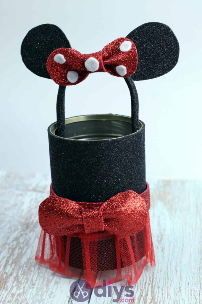 Minnie mouse tin can container