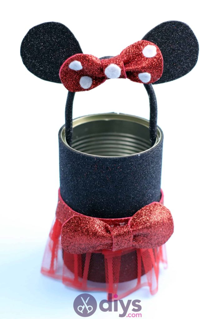 Minnie mouse tin can container recycle
