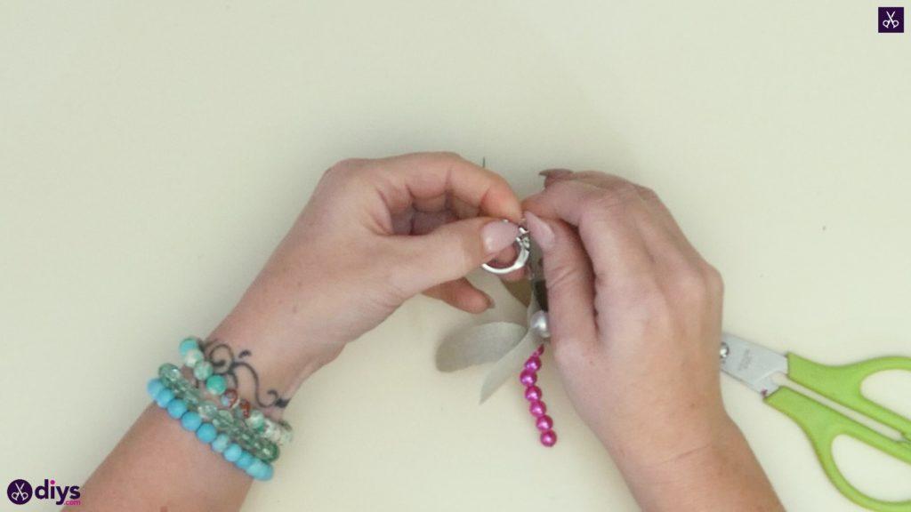 Pearl dragonfly keychain step 5c