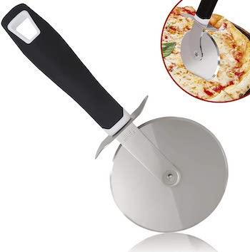 Zulay cushioned pizza cutter