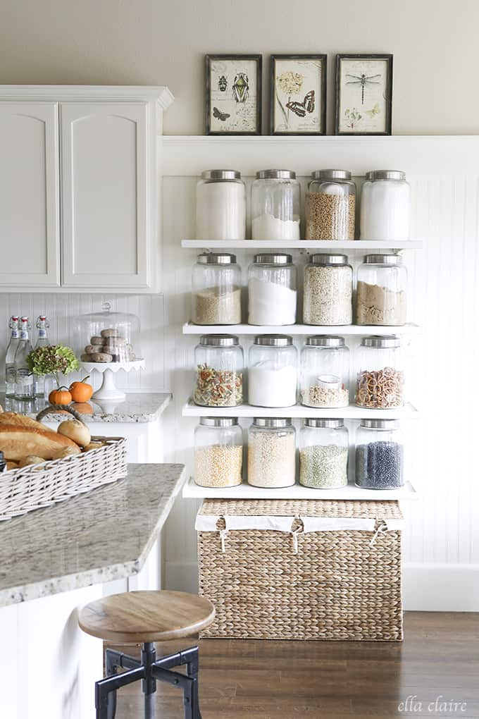 Kitchen jar shelves
