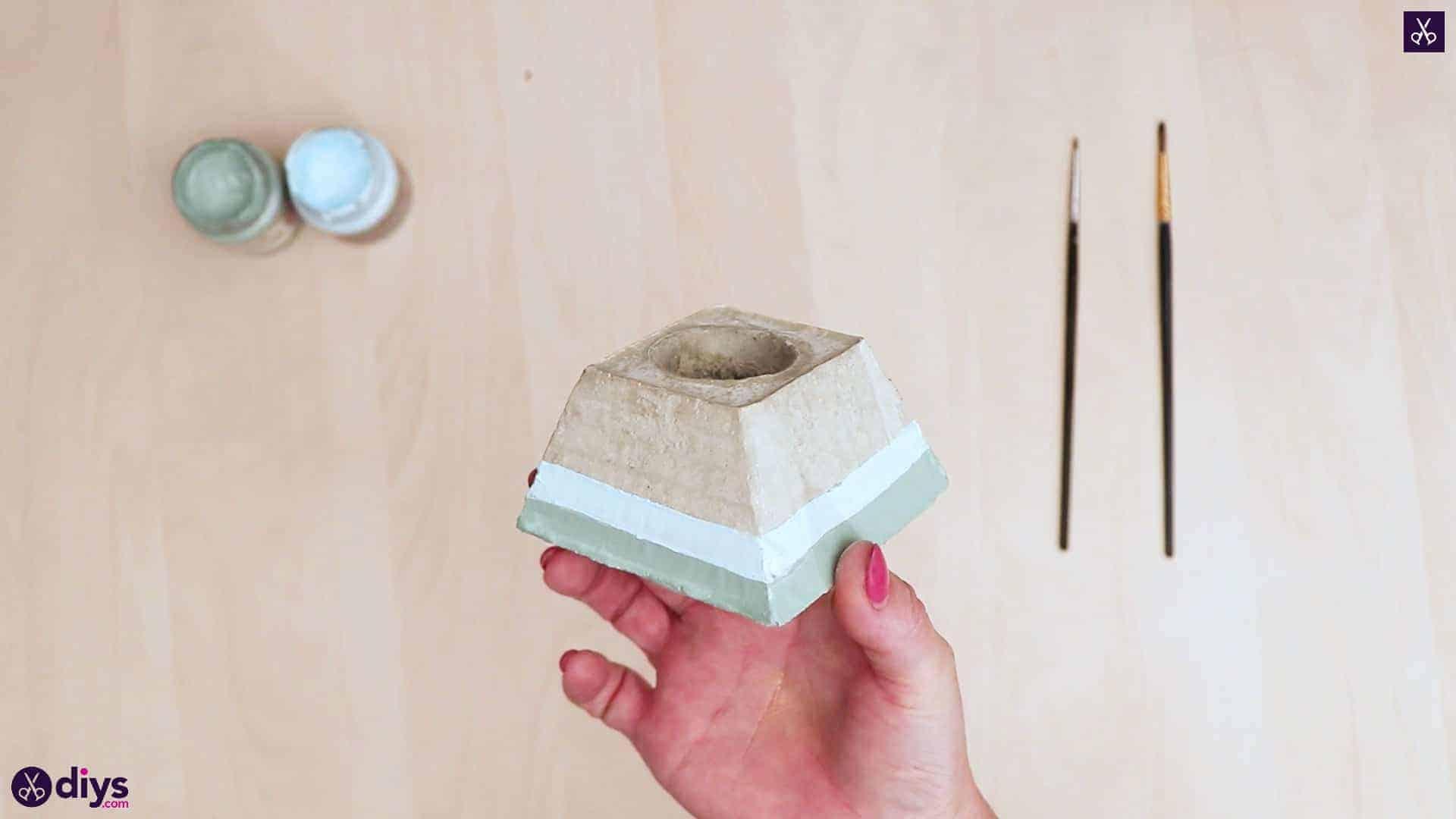 Concrete hair clip container