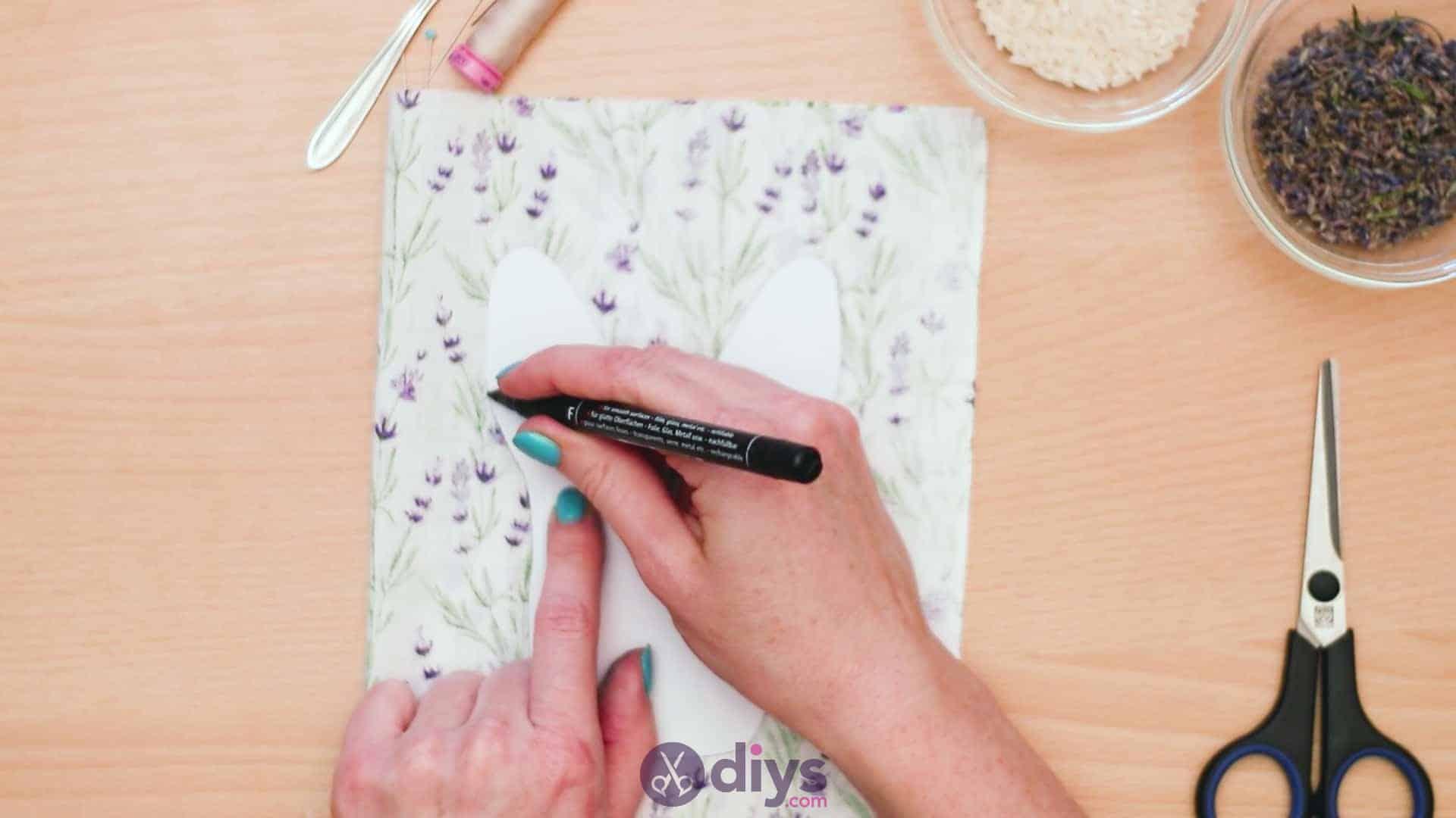 Bunny lavender bags step 3d