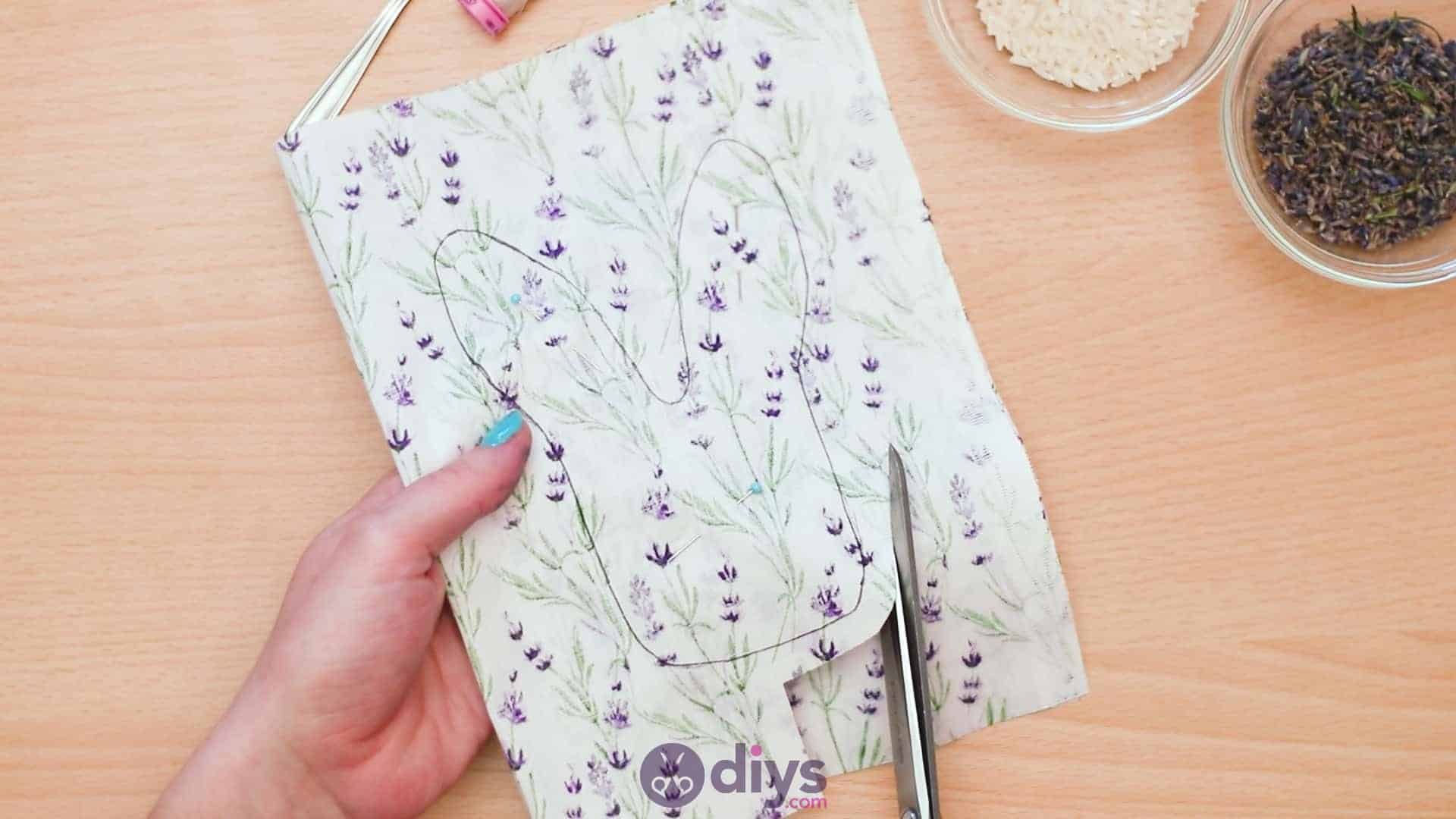 Bunny lavender bags step 4b