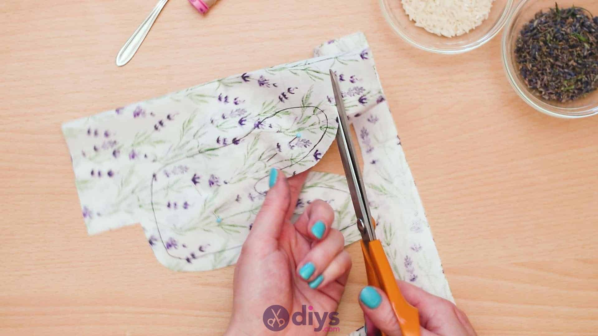Bunny lavender bags step 4c