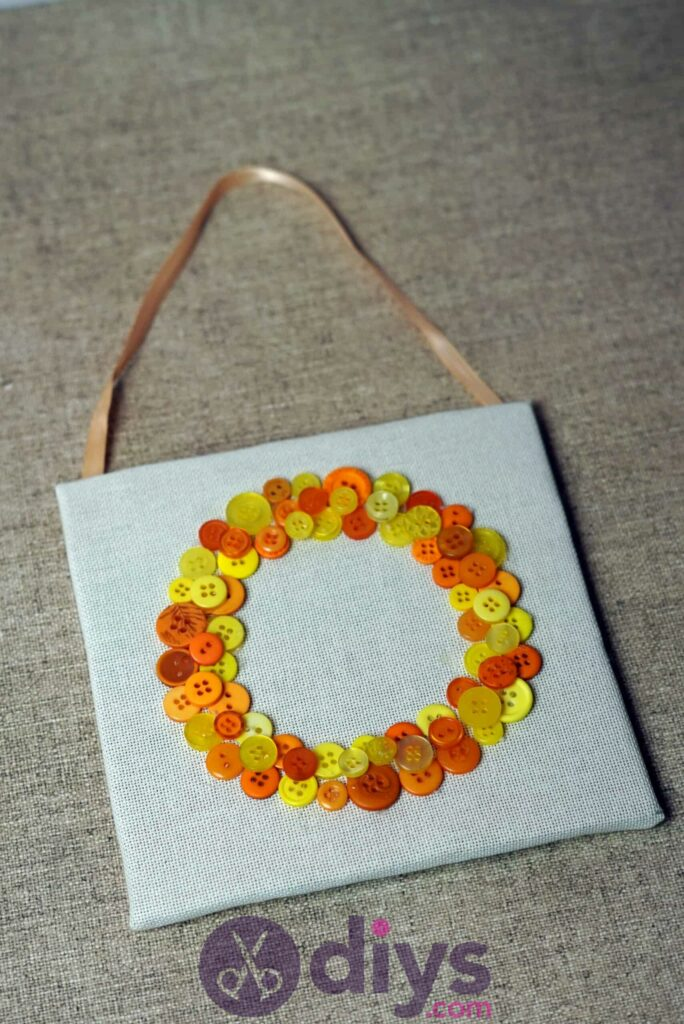 Button art wall hanging diy project